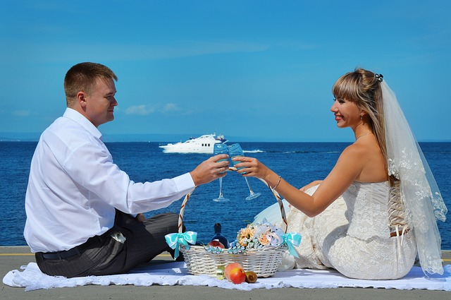 wedding-1482021_640